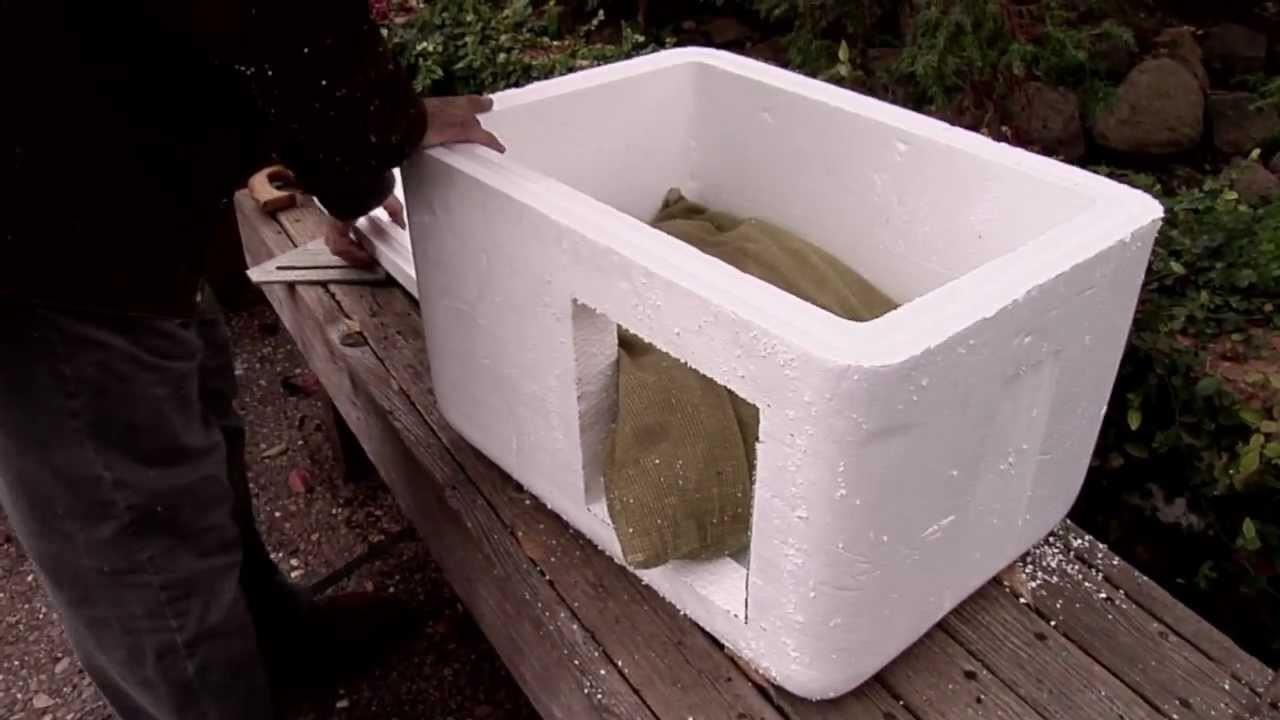 Make Insulated Cat Bed House Outdoors