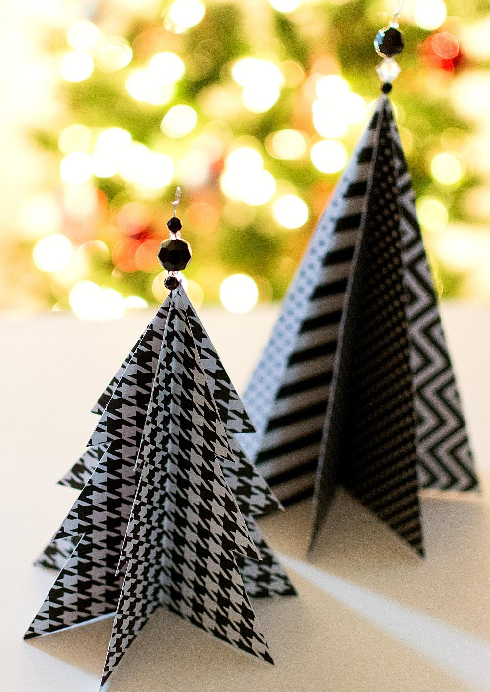Make Paper Tabletop Christmas Tree Decorations