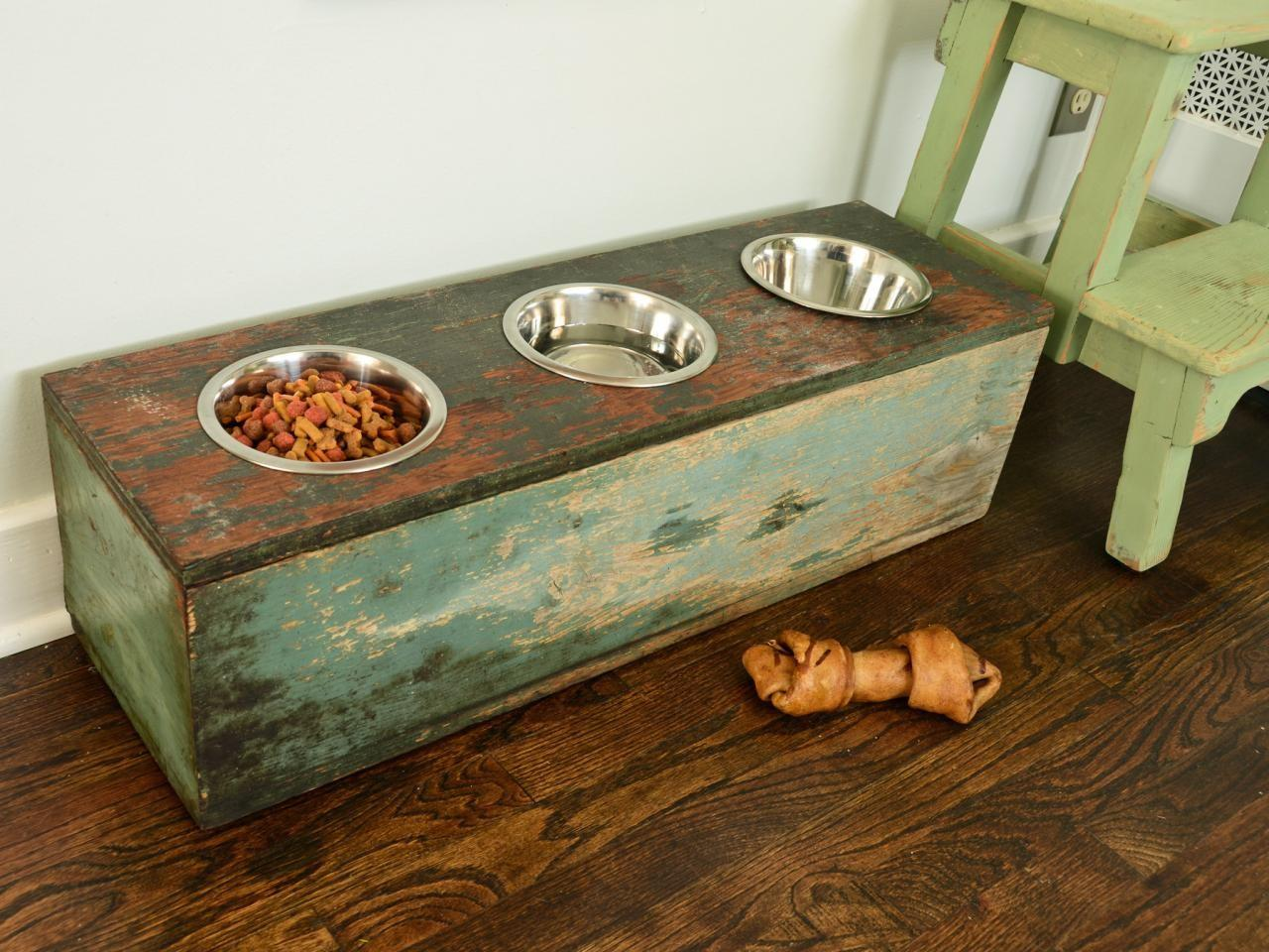 Make Pet Feeding Station
