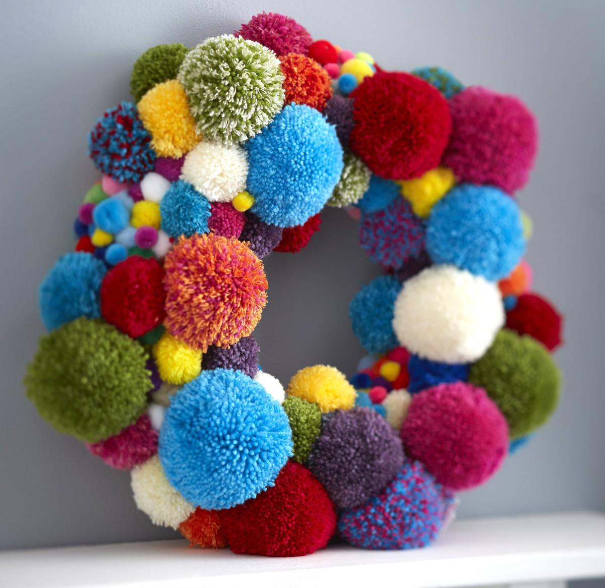 Make Pom Wreath Hobbycraft Blog