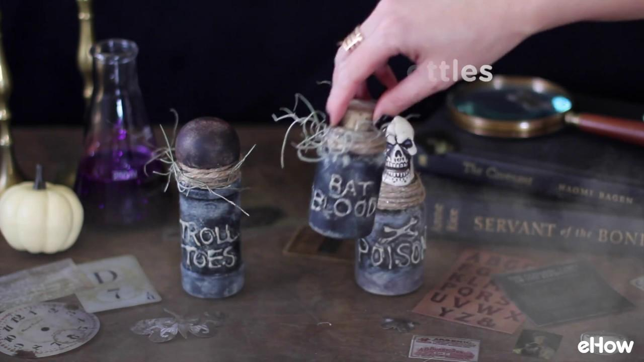 Make Spooky Witchs Jar Bottle Potion Decorations