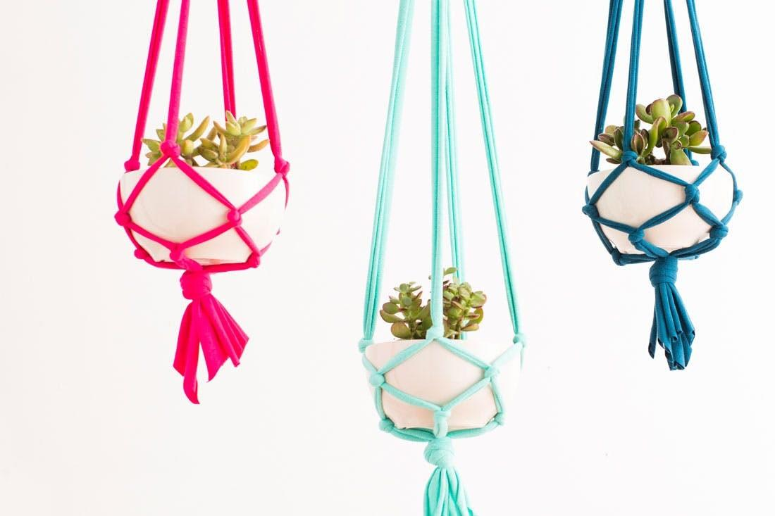 Make These Macrame Hanging Planters Minutes Brit