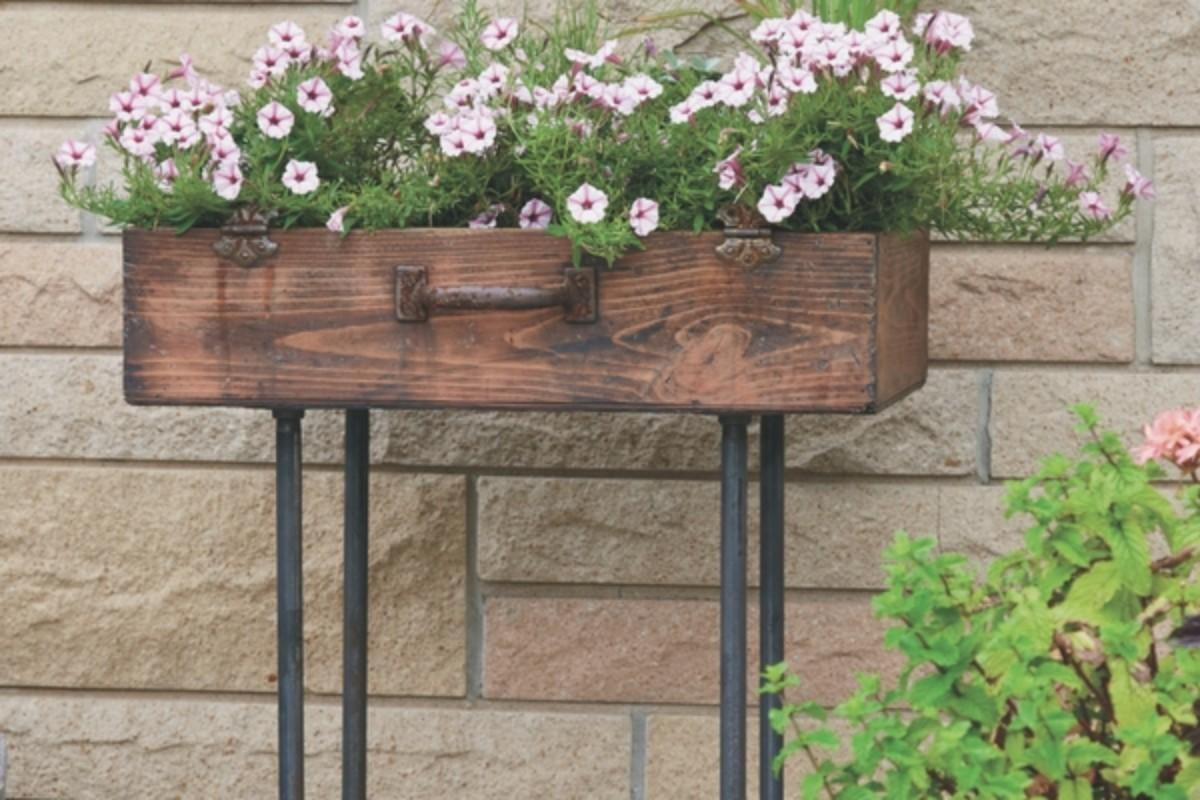 Make Upcycled Suitcase Planter Gas Pipe