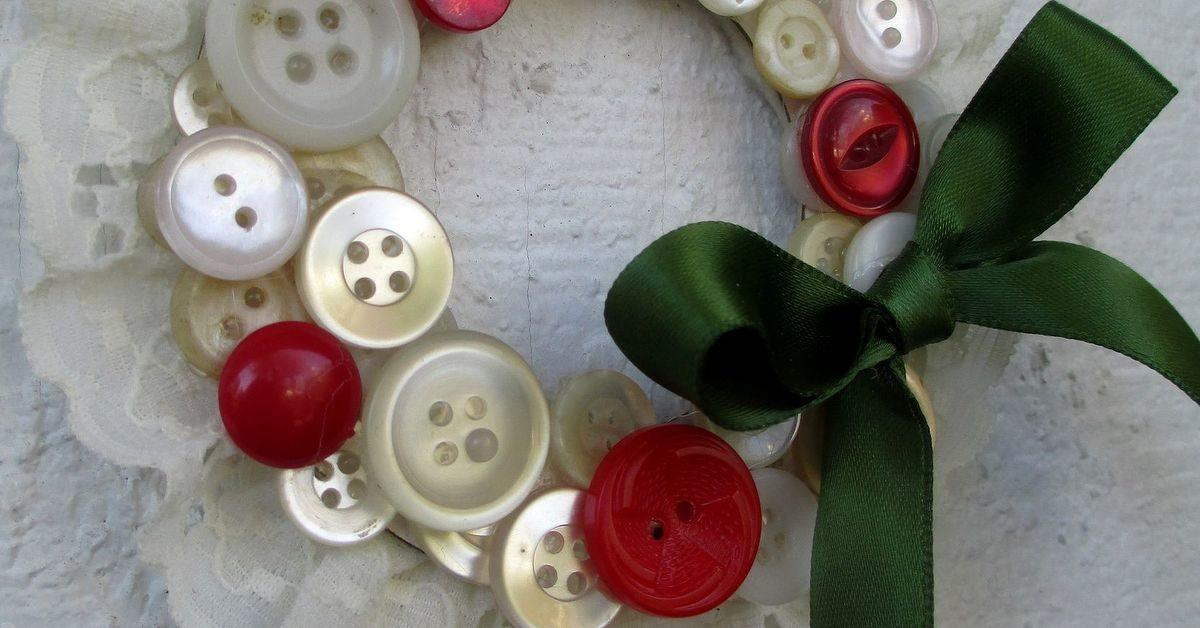 Make Vintage Button Wreath Ornaments Hometalk