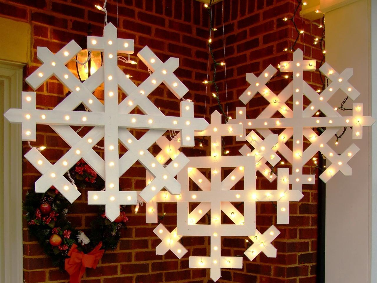 Make Wooden Snowflakes Lights Tos Diy
