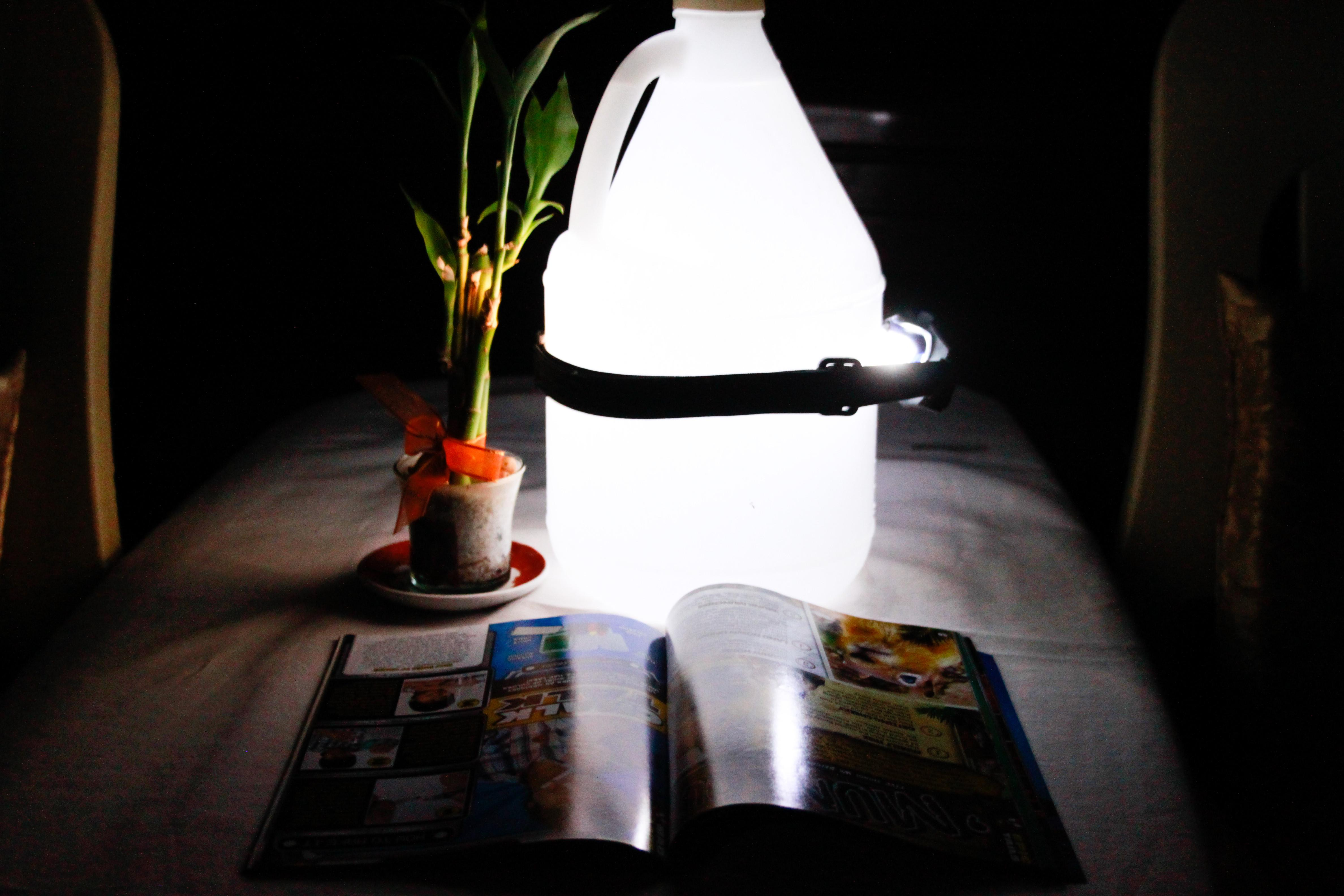 Make Your Own Portable Reading Lamp These Simple Steps