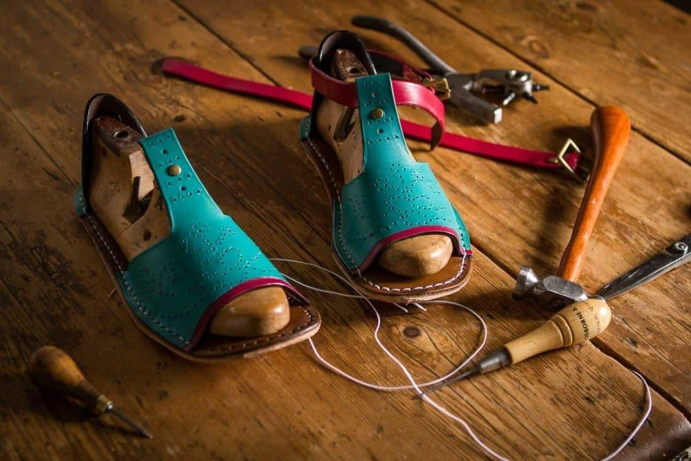 Make Your Own Sandals Leathersmithe