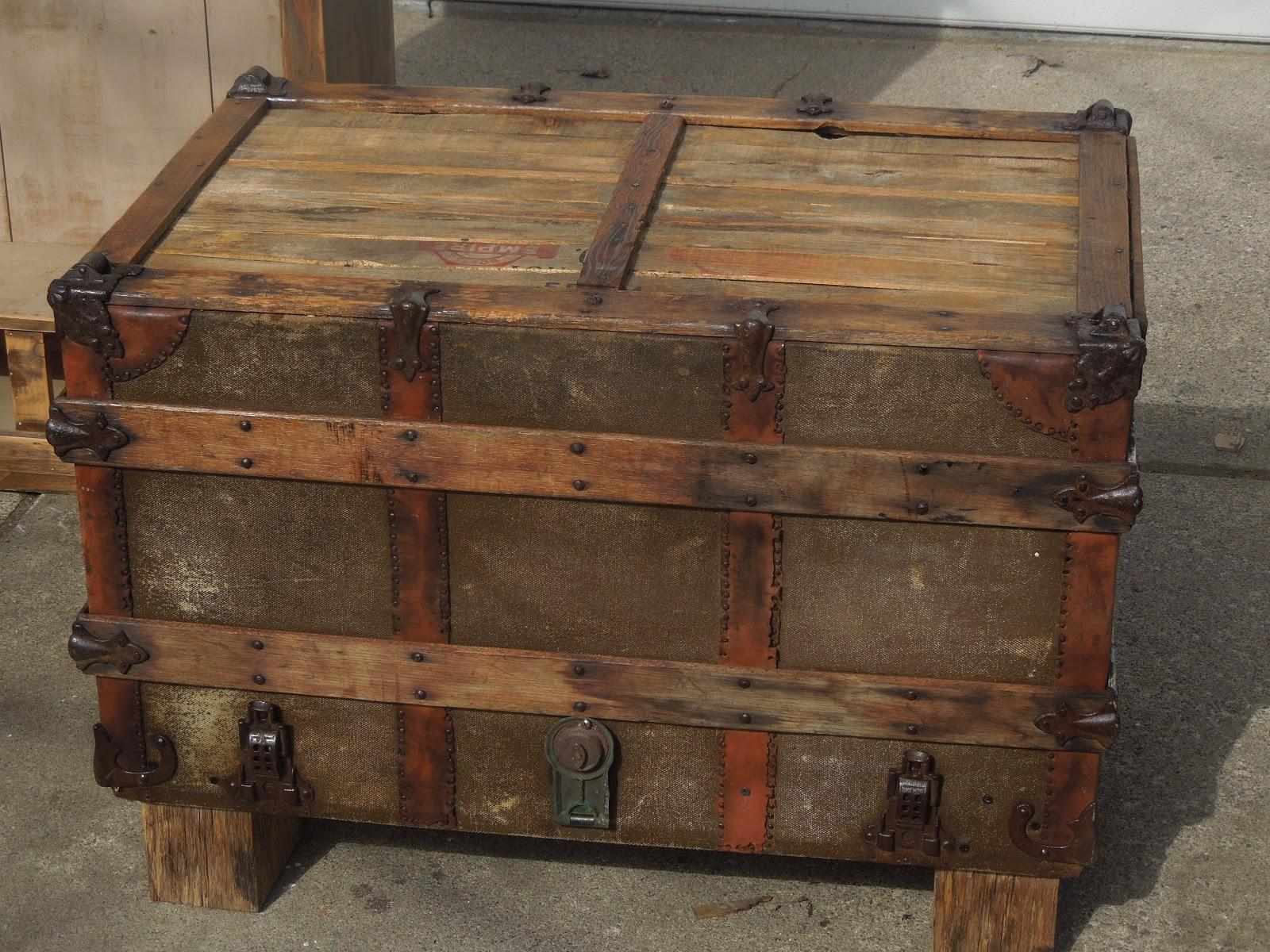 Make Your Own Vintage Suitcase Coffee Table Steps