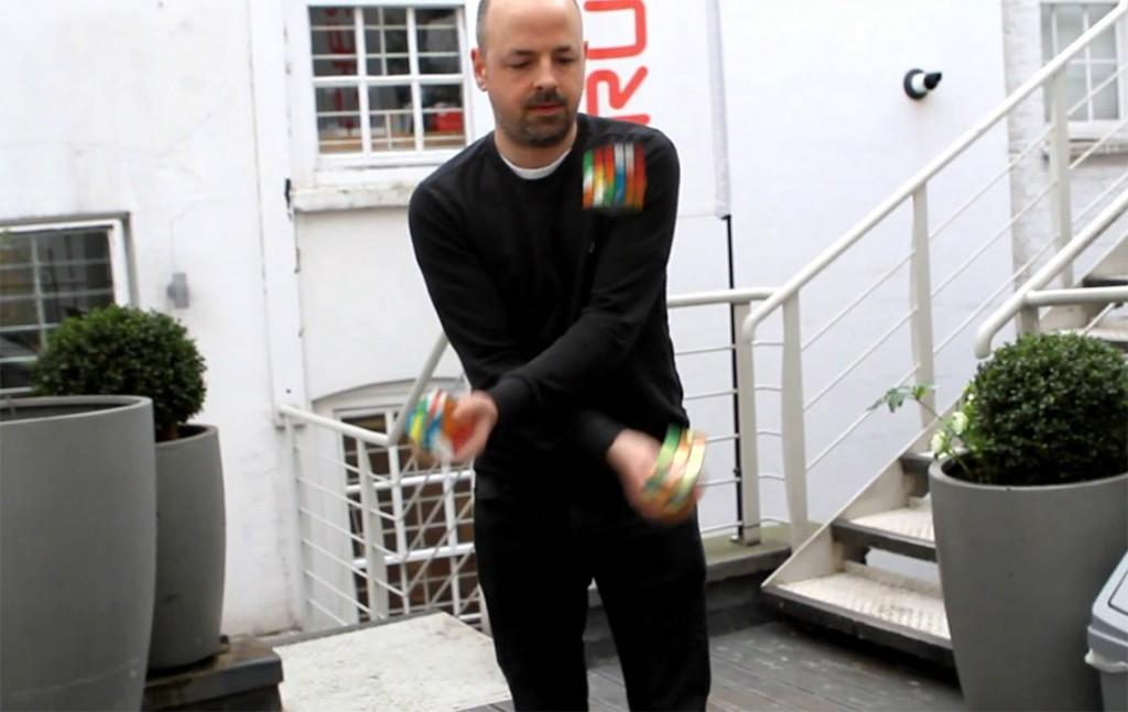 Man Solved Rubik Cube While Juggling Them Lost