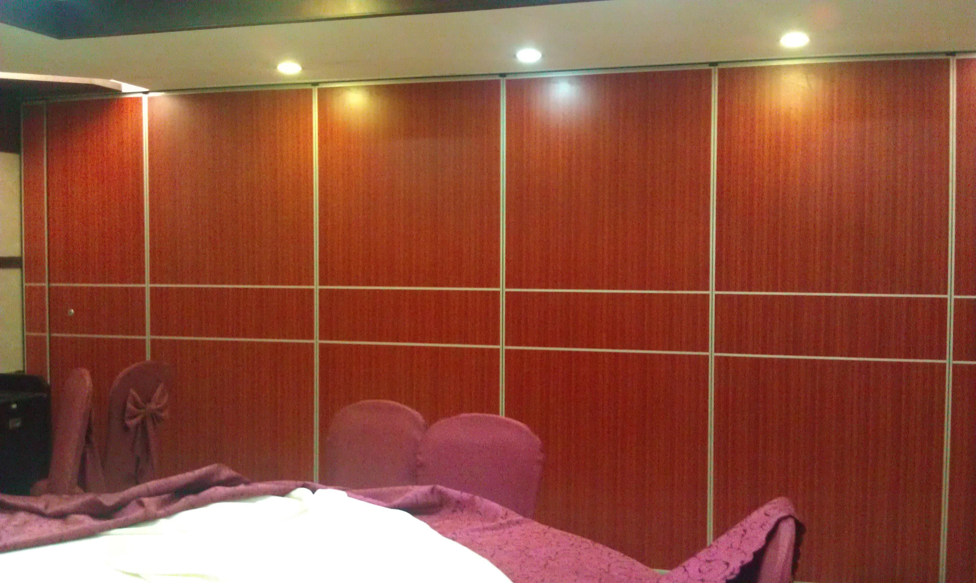 Melamine Wooden Partition Wall Office Light Weight