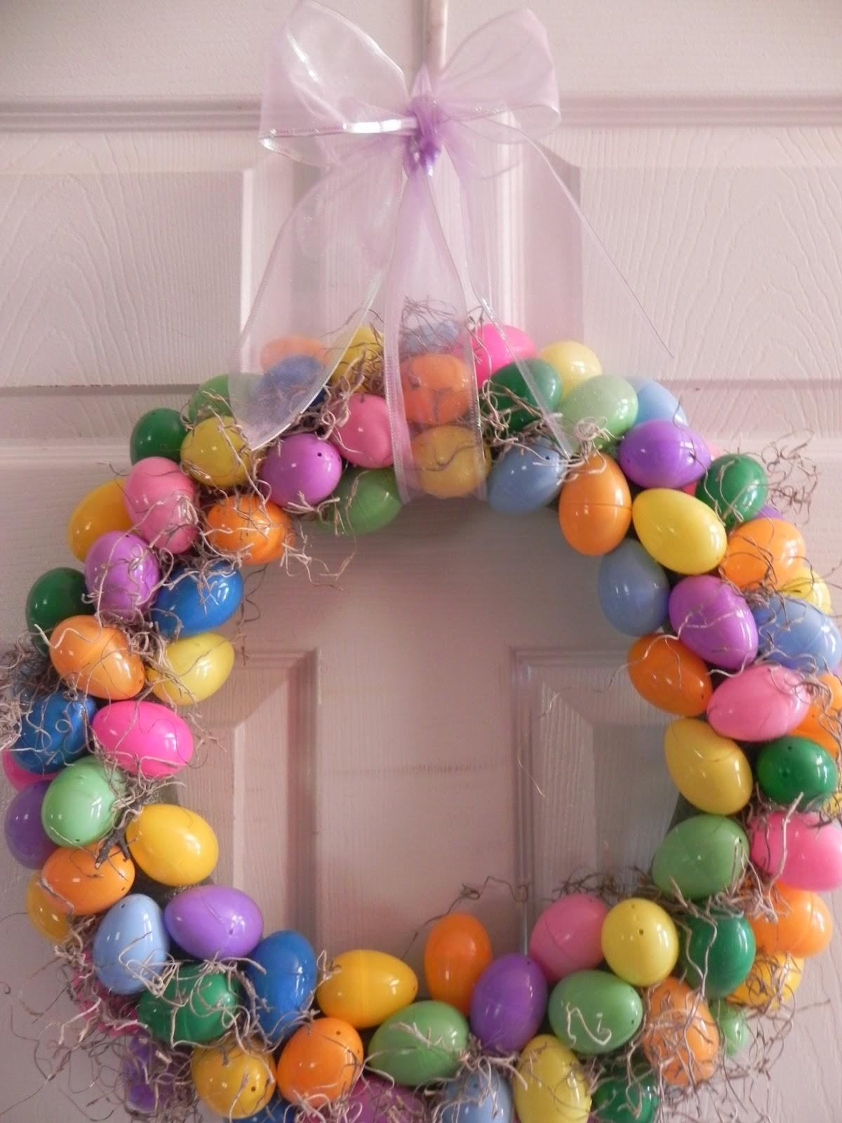 Messy Roost Plastic Easter Egg Wreath