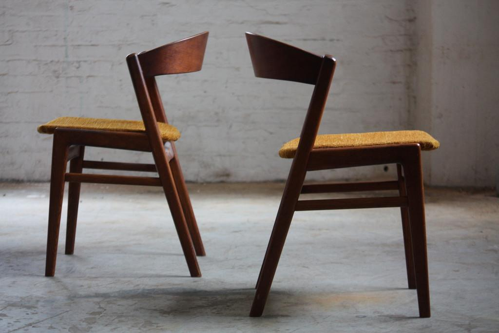 Mid Century Dining Chairs Some Retro Flair Your