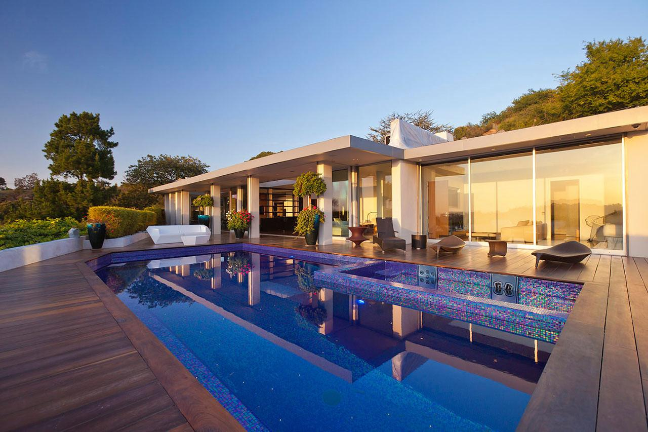 Mid Century House Beverly Hills Converted Into Modern