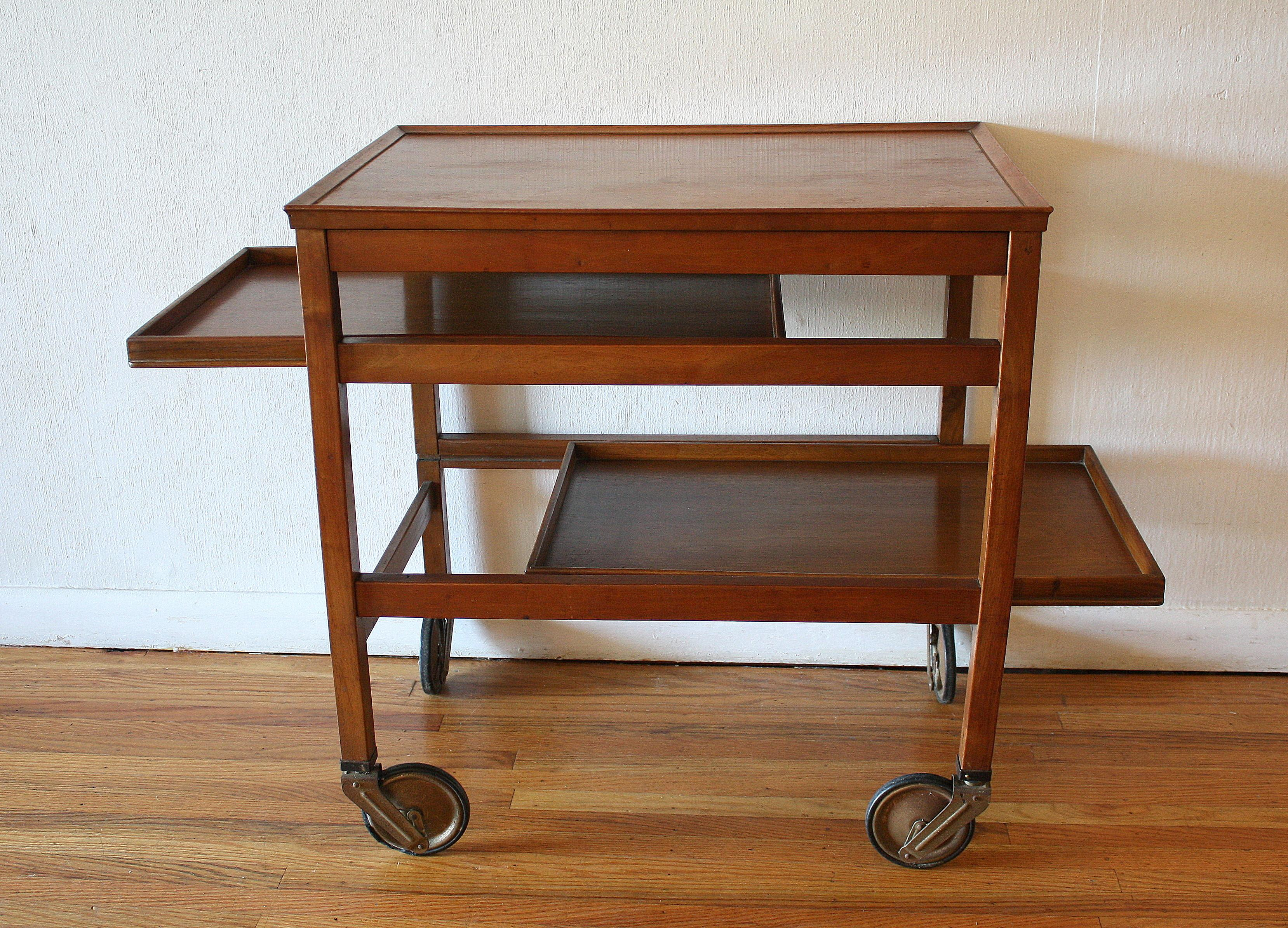 37 Comfy Stylish Bar Carts That You Ll Want To Live In Trends In 2021 Photographs Decoratorist