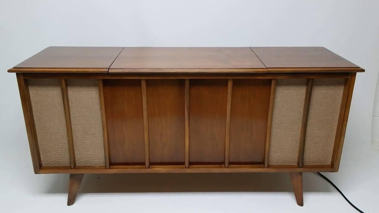 Mid Century Modern Stereo Console Cabinet Record Player