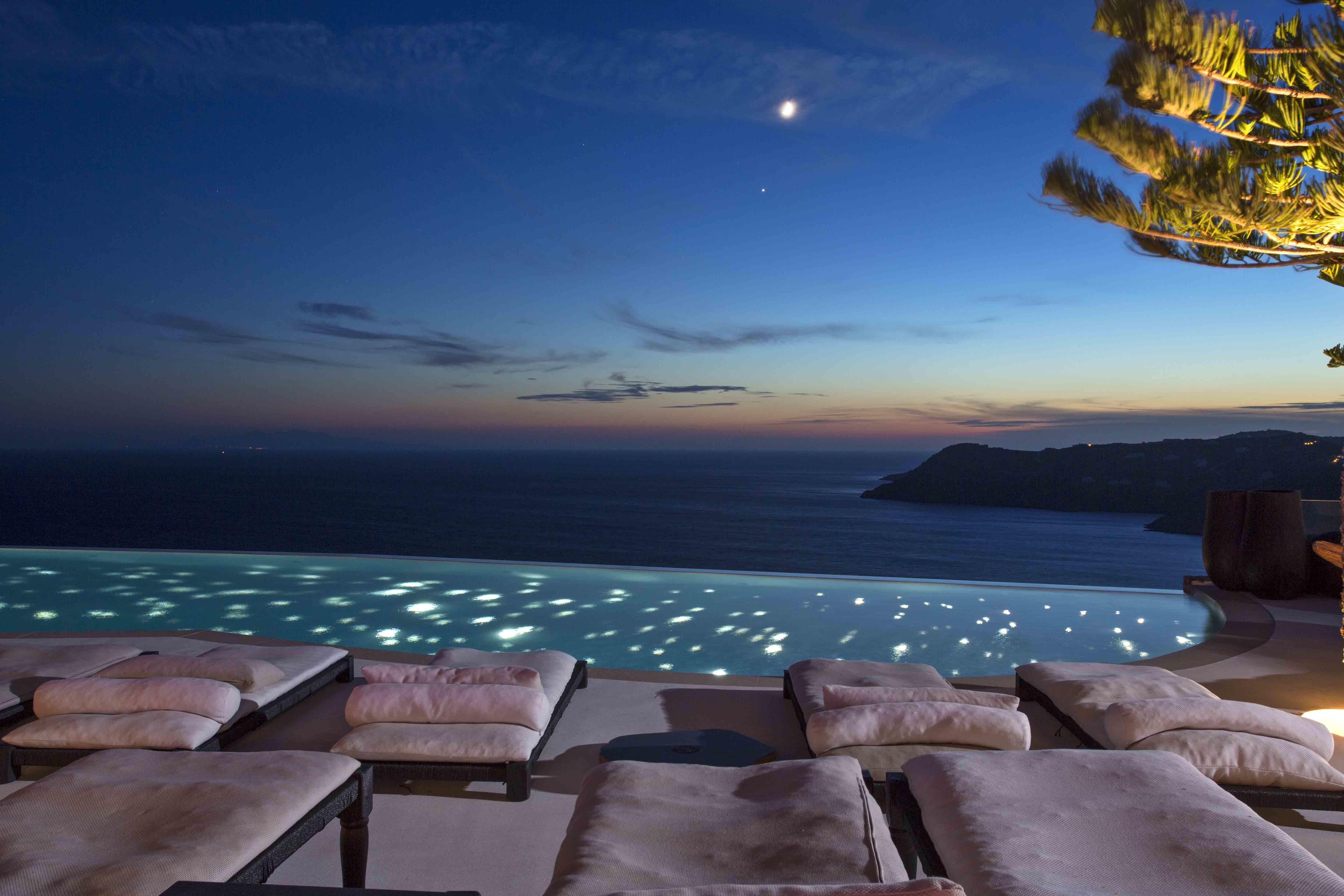 Mikonos Utopia Resort Villas Luxury Travelers Guide