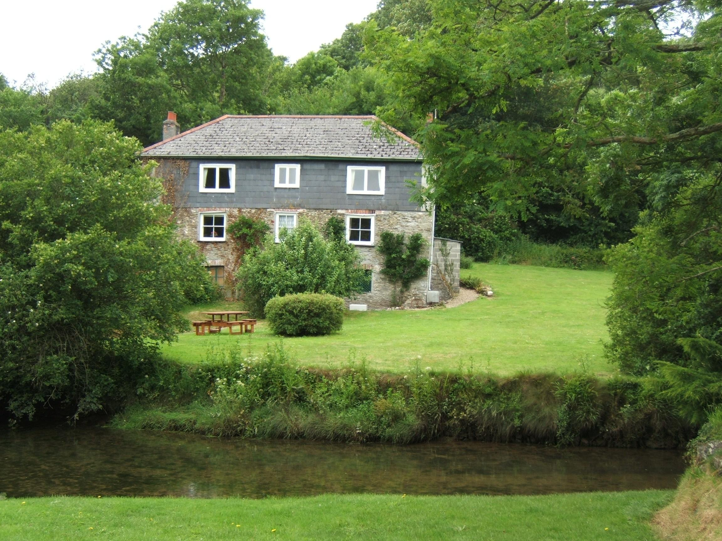 Mill House Self Catering Holiday Cottage Near Fowey