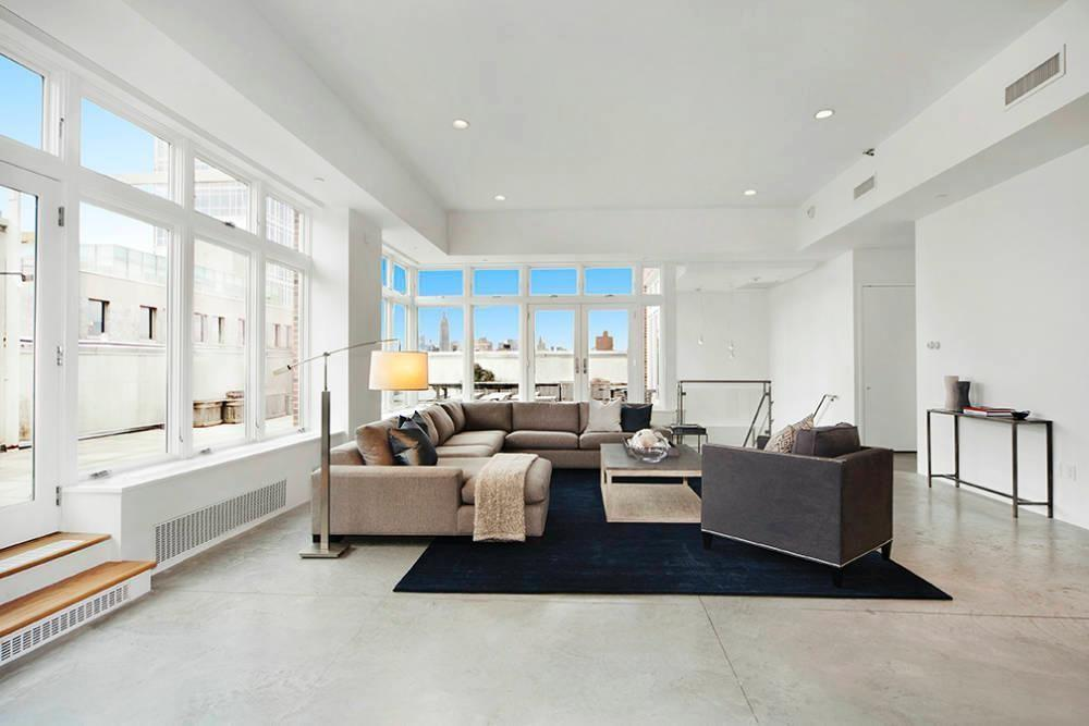 Million Dollar Nyc Penthouse Rihanna Checked Out