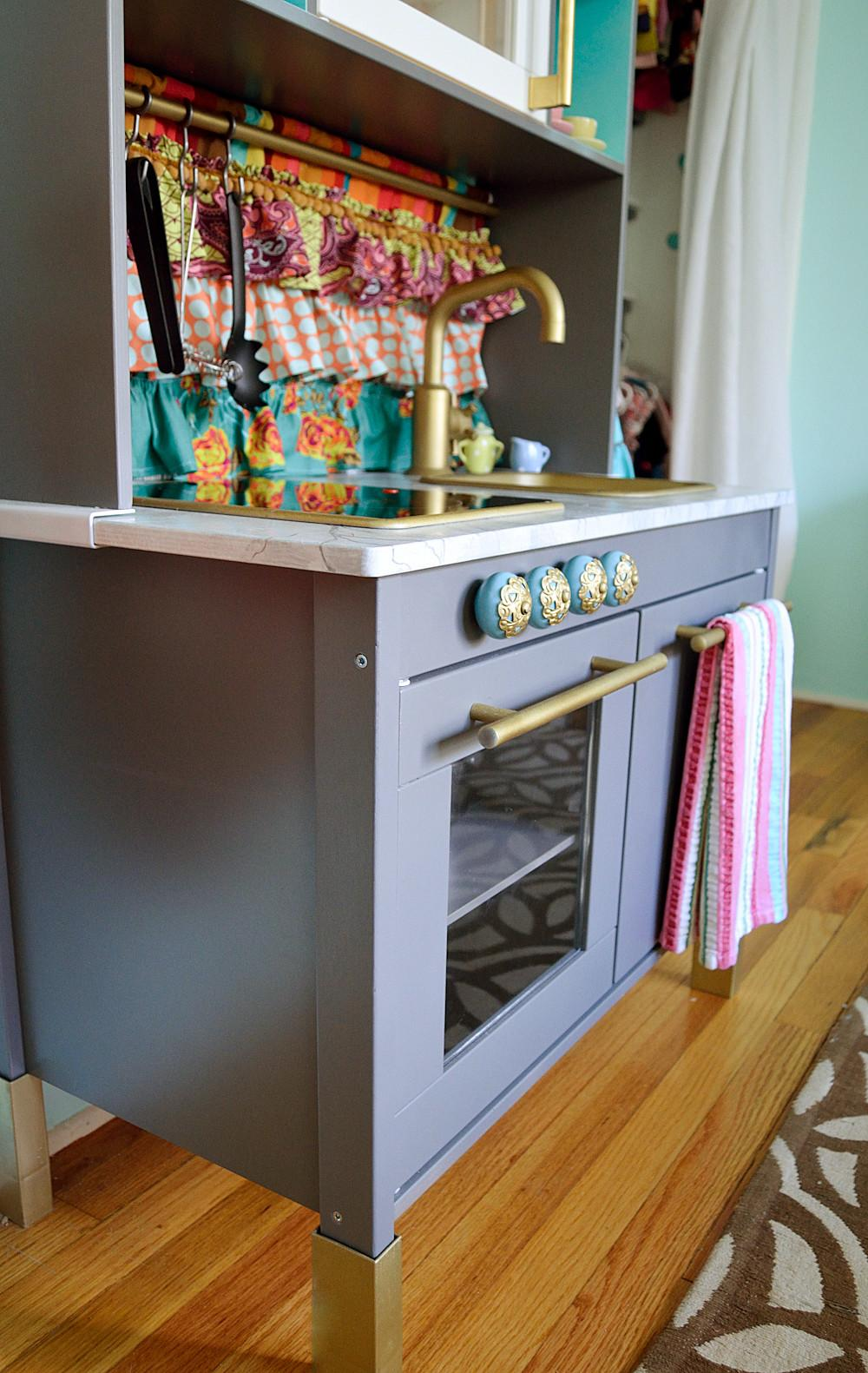 Mini Kitchen Makeover Hack Visual Vocabularie