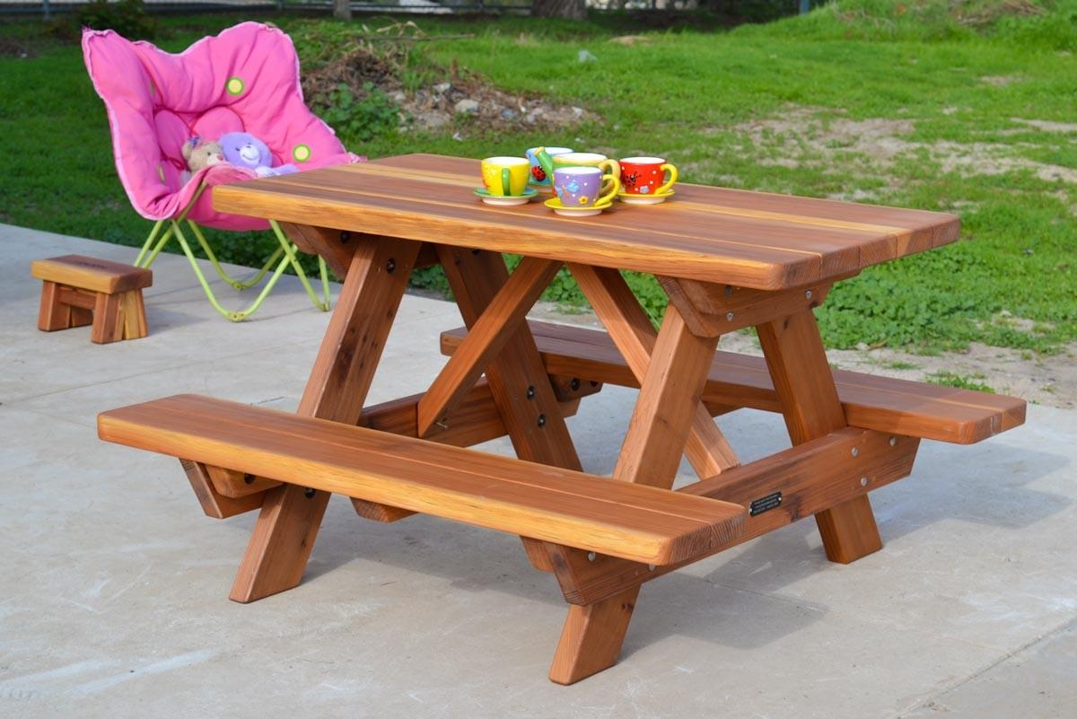 Mini Picnic Table Ideas