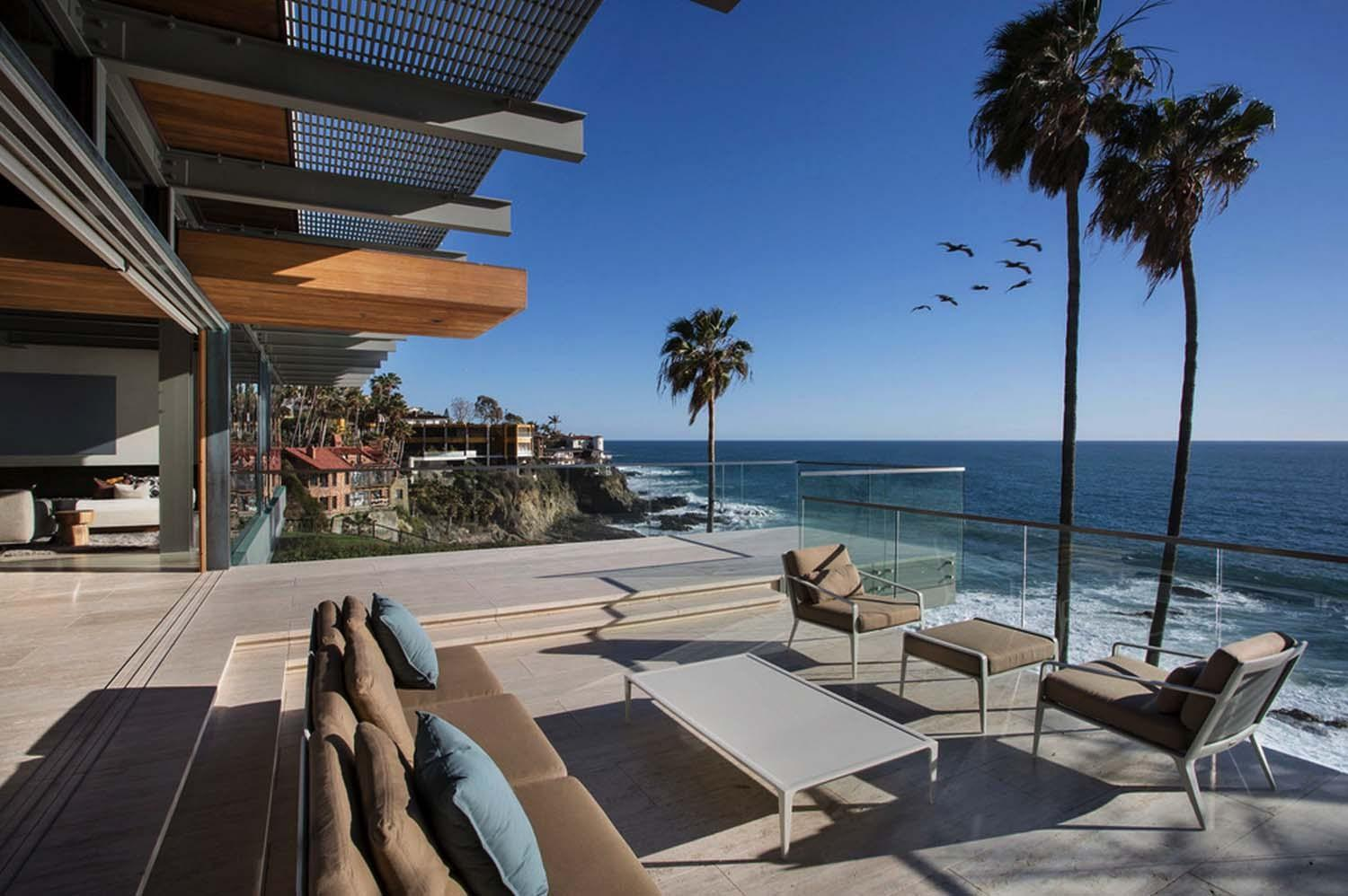 Minimalist Beach House Perched Cliff Laguna