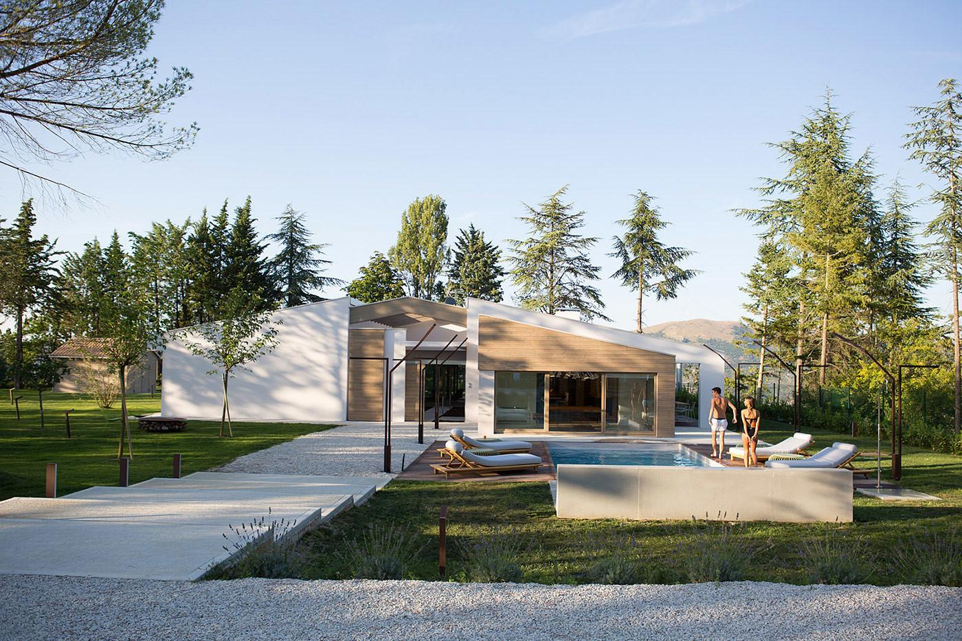 Minimalist Family House Italy Adorable Home
