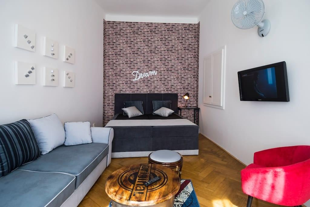 Modern Apartment Historic House Appartements Louer