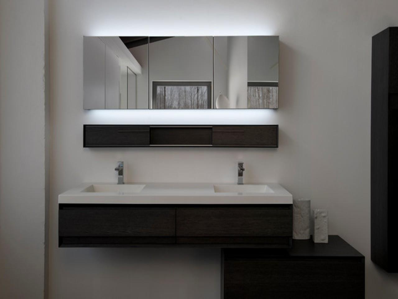 45 Adorable Contemporary Bathroom Mirrors That Are Must Have In Your Dream Home Great Photos Decoratorist