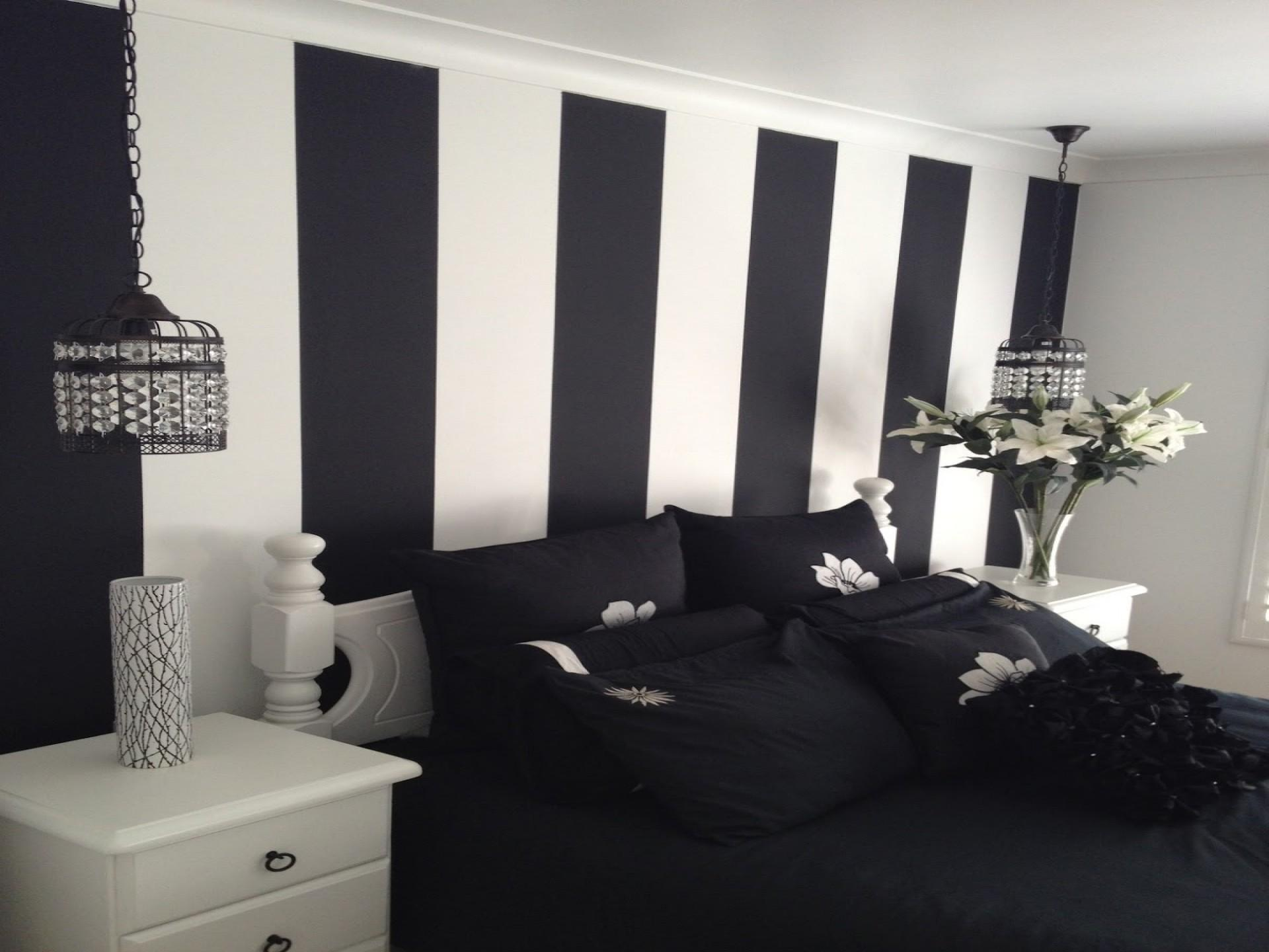 Modern Bedroom Feature Wall Ideas Large Print
