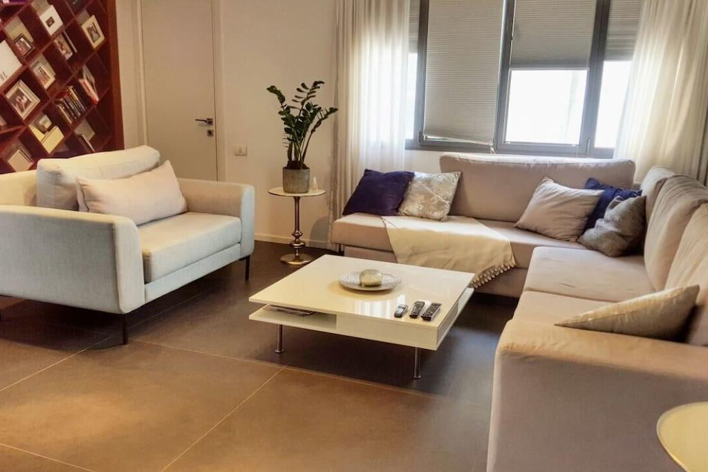 Modern Deluxe Duplex Homely Penthouse Beach