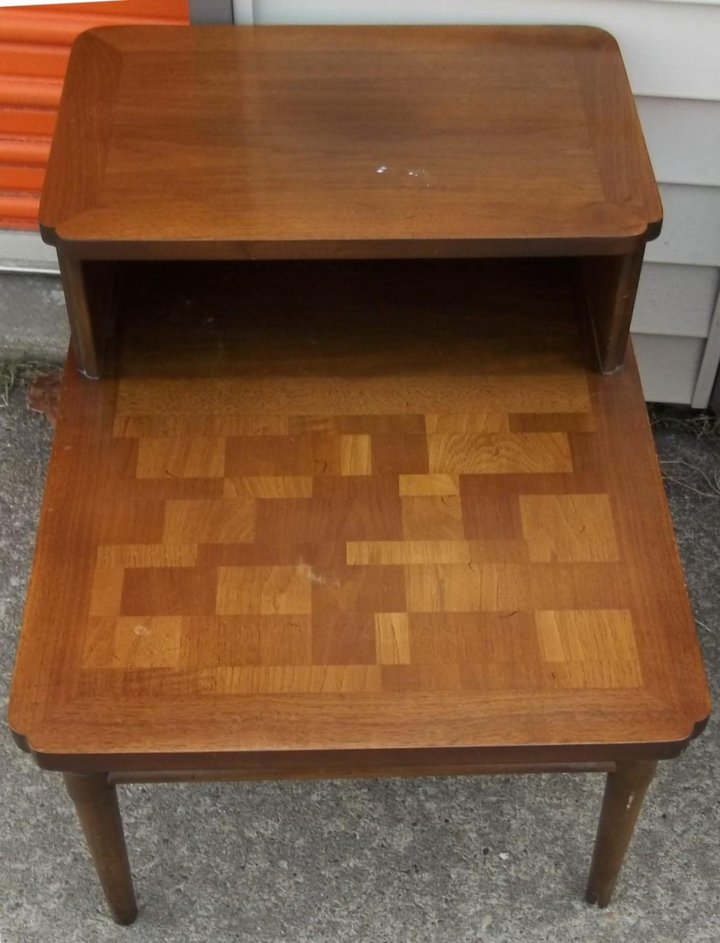 Modern Furniture Mid Century Compact