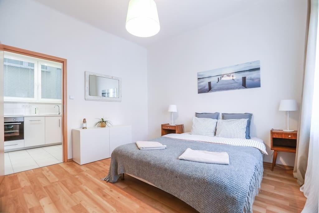 Modern Home 5min City Centre Apartments Rent
