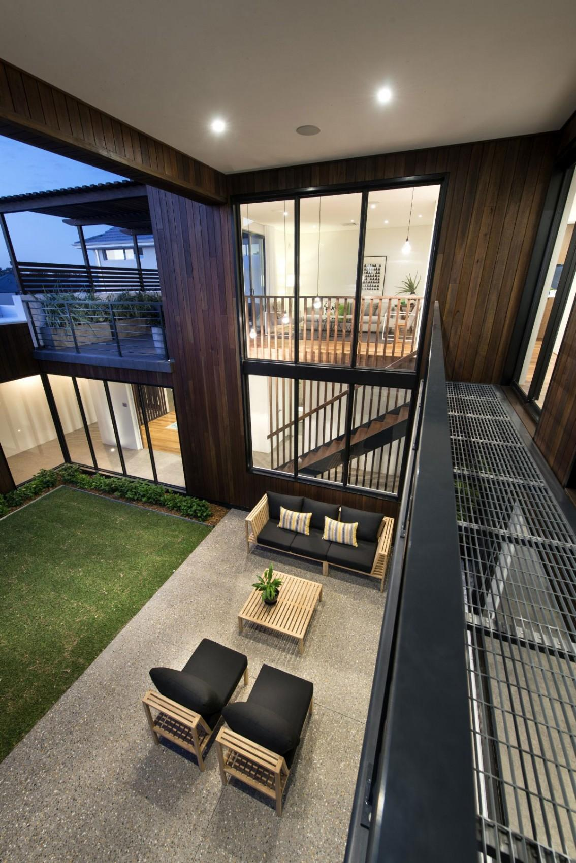 Modern Mixtures Contemporary House Perth Has Great