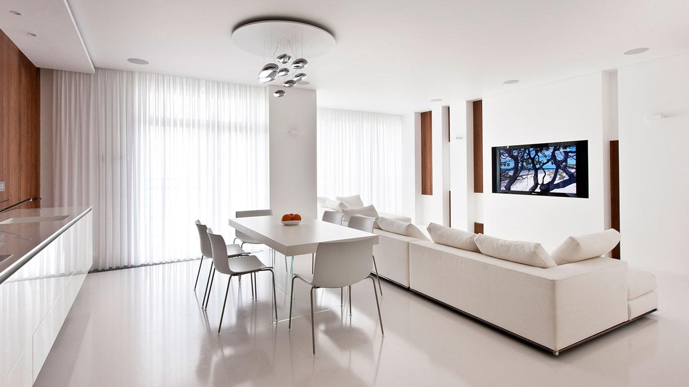 Modern Moscow Apartment All White Interior