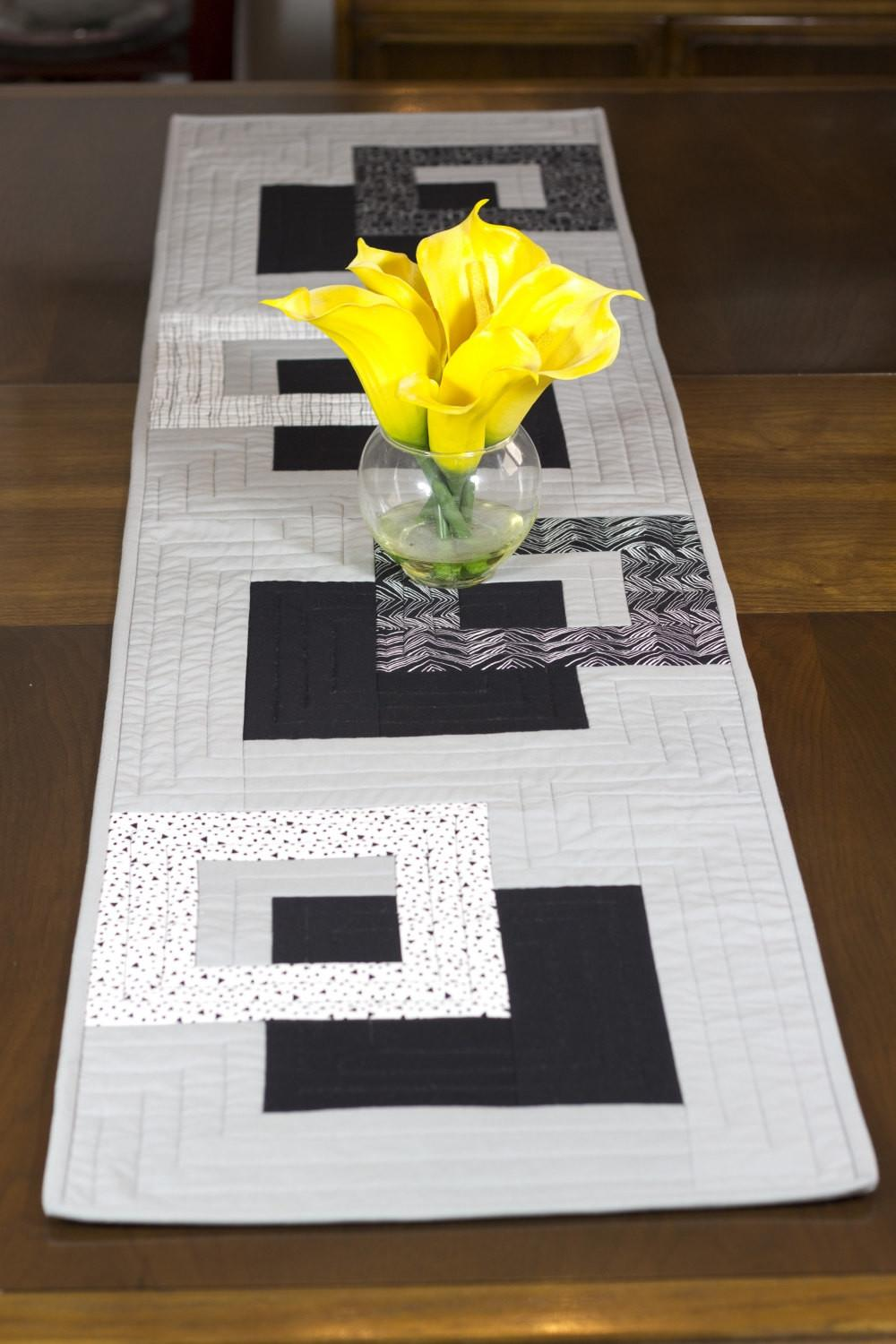 Modern Table Runner Black White Grey Wallhanging Bed