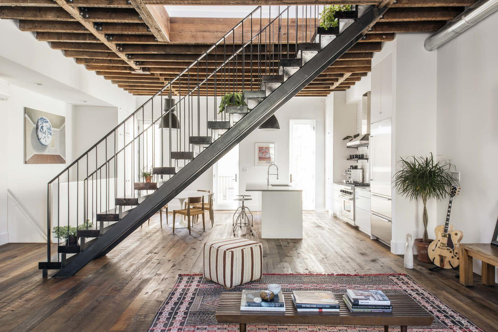 Modern Townhouse New York Features Loft Like Aesthetic