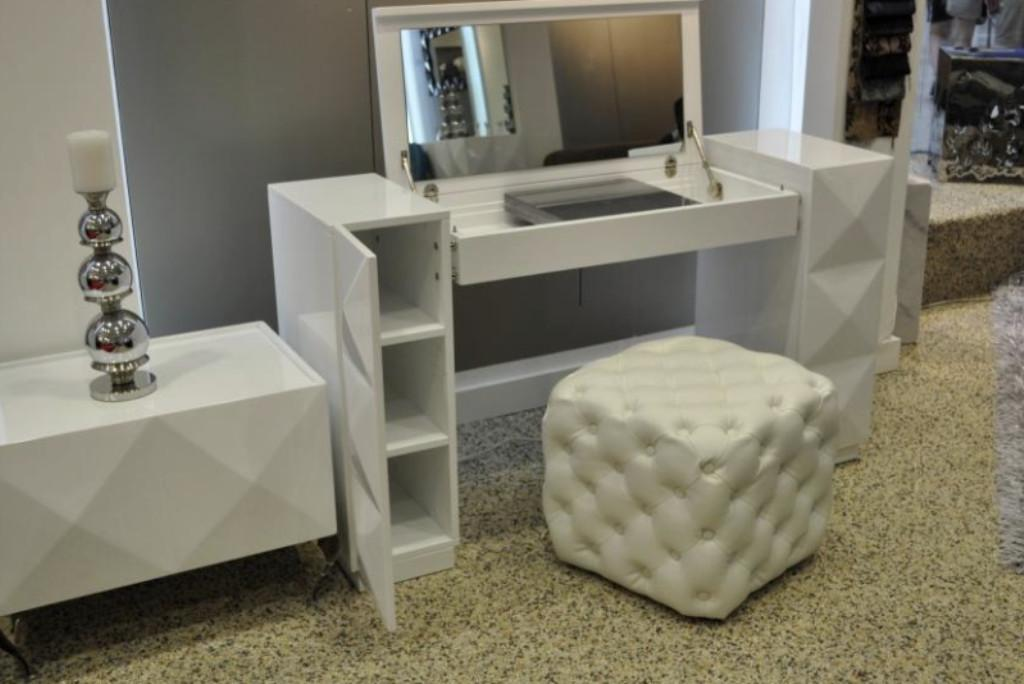 Modern Vanity Desk Saves Space