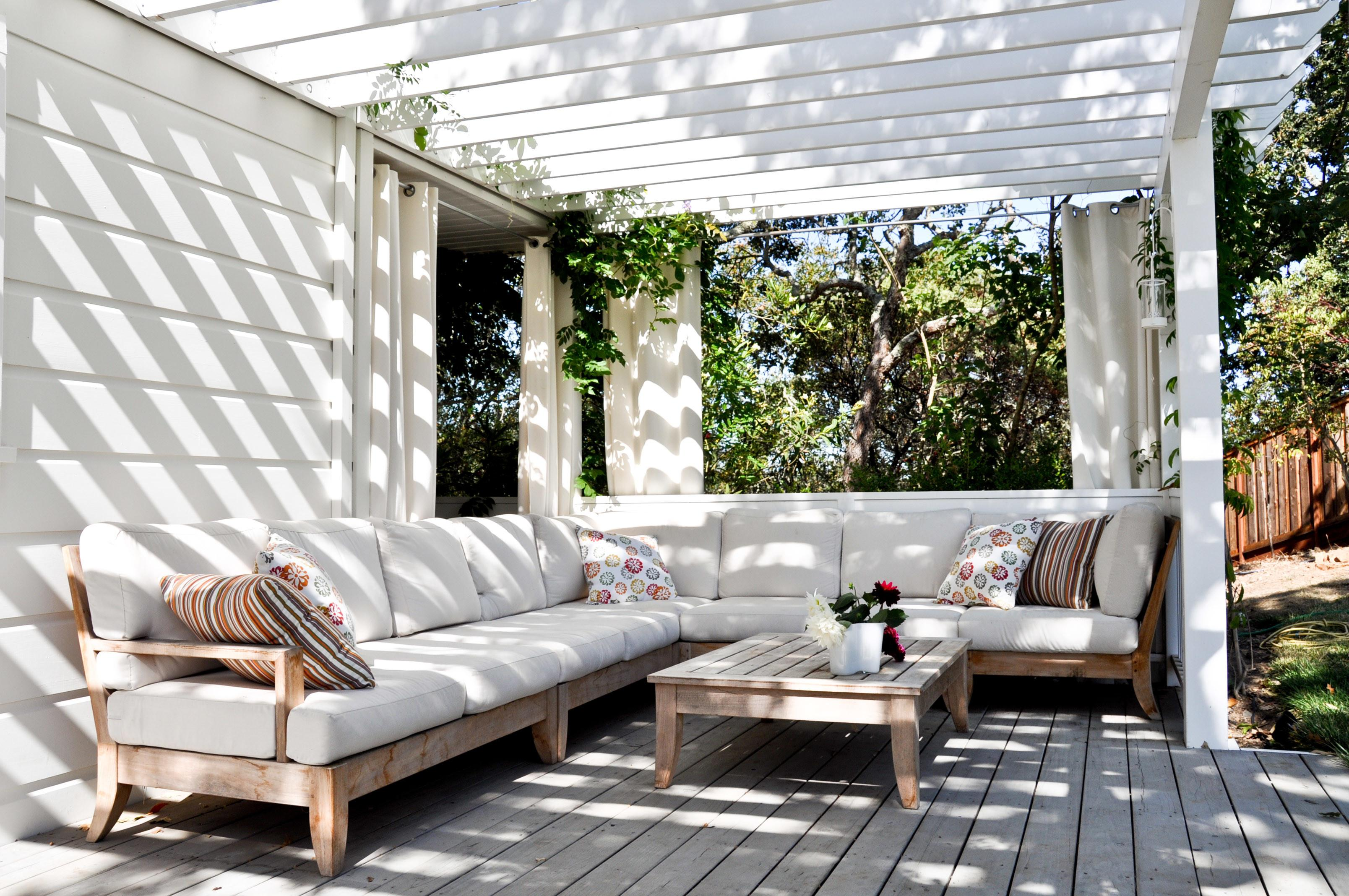 Modern White Outdoor Family Room Ideas Wooden Patio