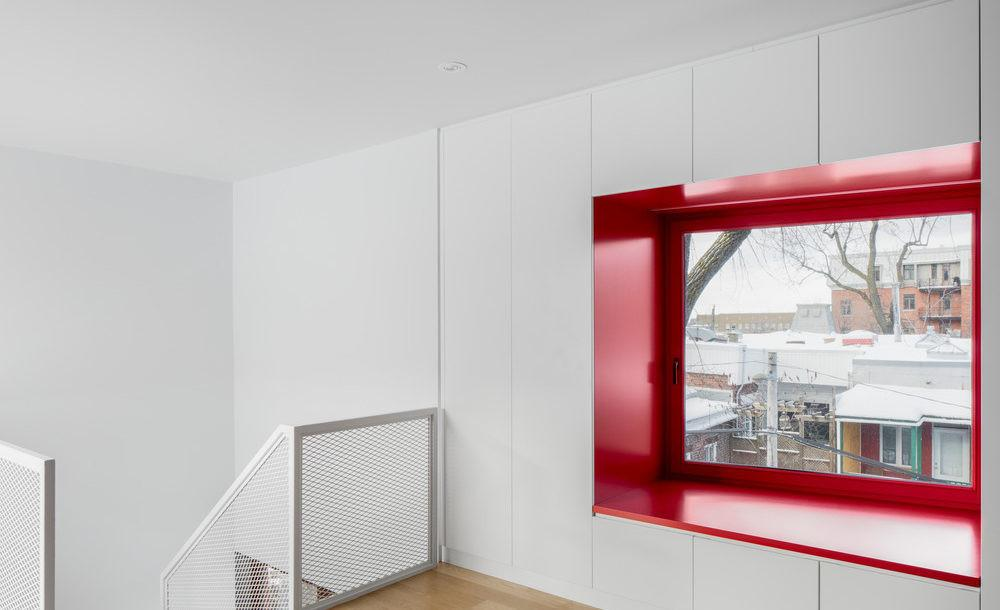 Montreal Home Expansion Adds Light Warmth Without