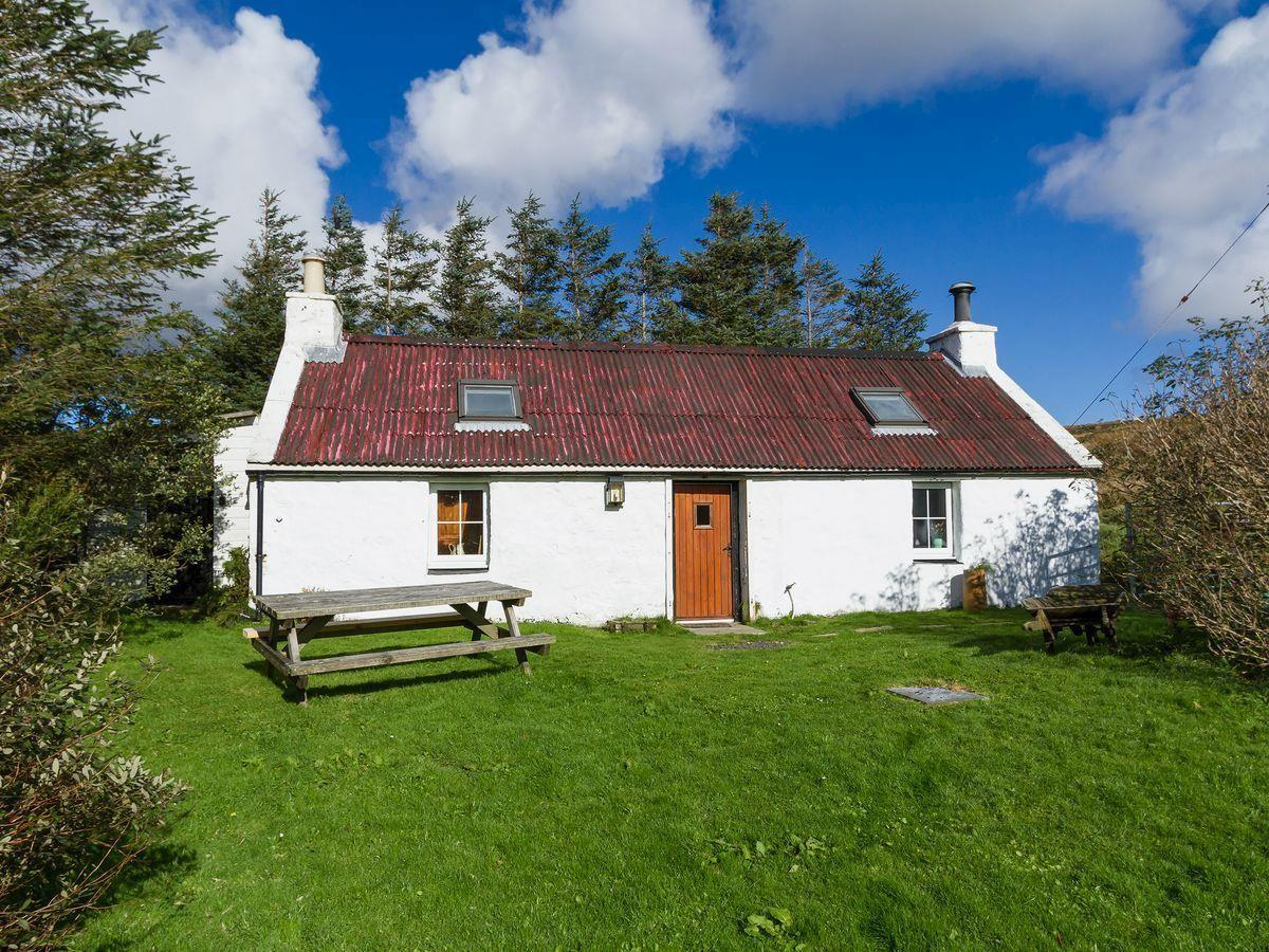 Moo Cottage Self Catering Ringlestone Cottages Isle Skye