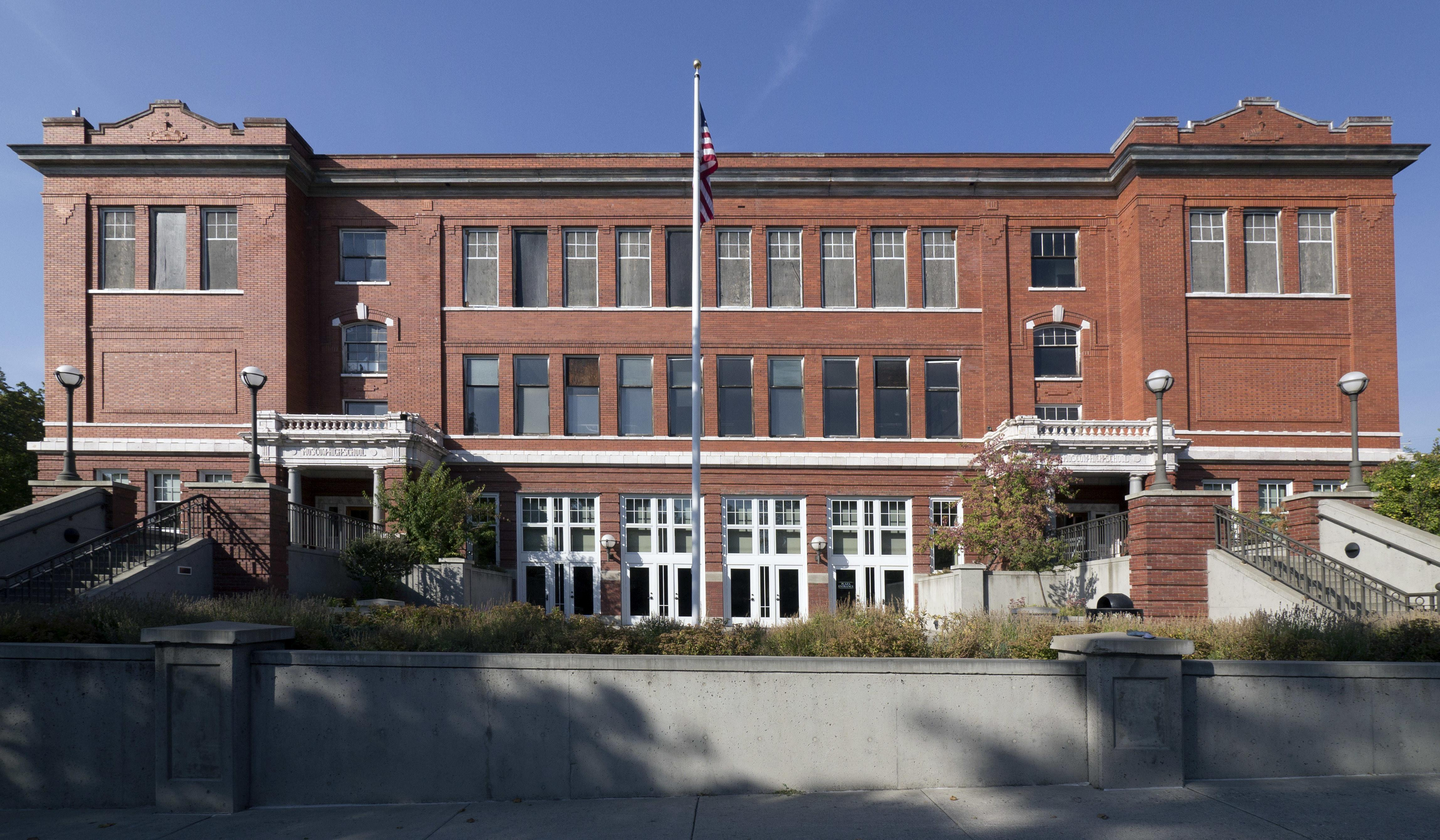 Moscow High School Building Now 1912 Center