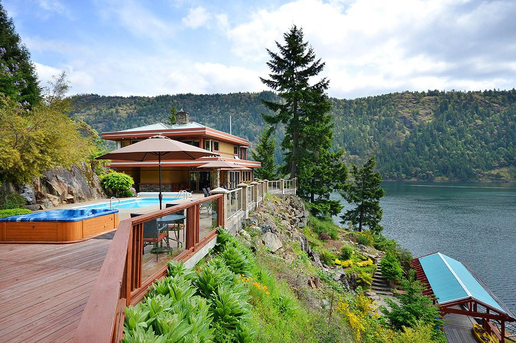 Most Luxurious Cabin Rentals Planet