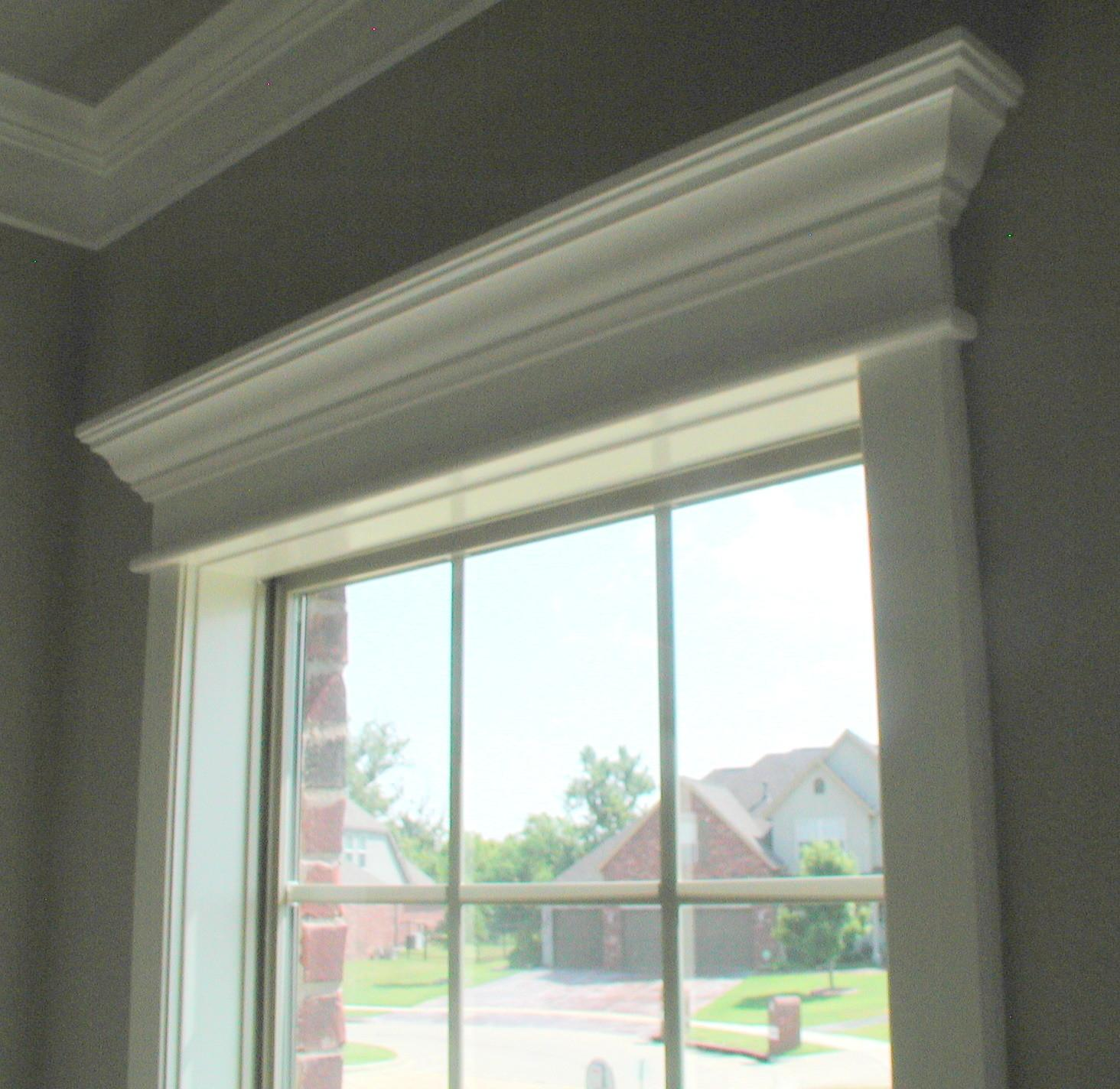 Moulding Front Porch Cozy