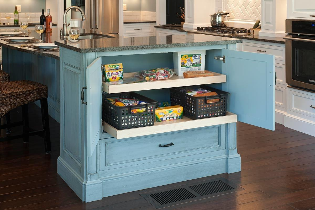 Mullet Cabinet Family Kitchen