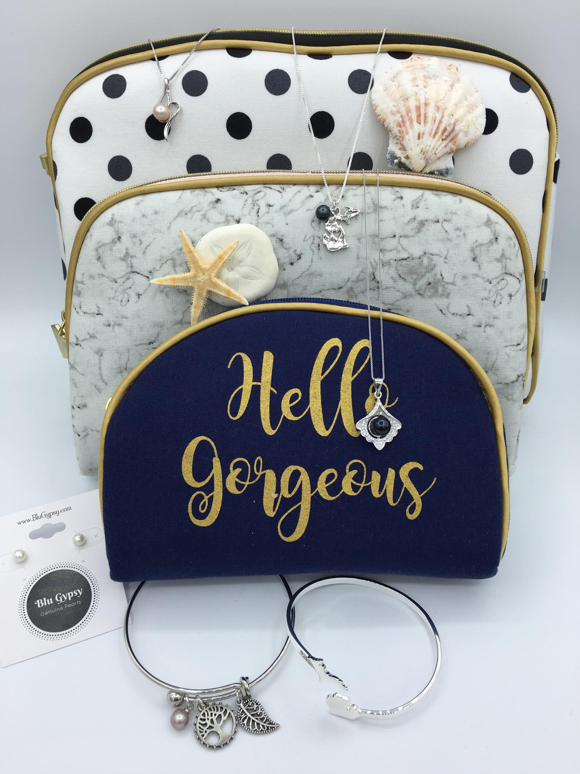 Mystery Cosmetic Bag July 11th Pearl Party 7pm Eastern Time