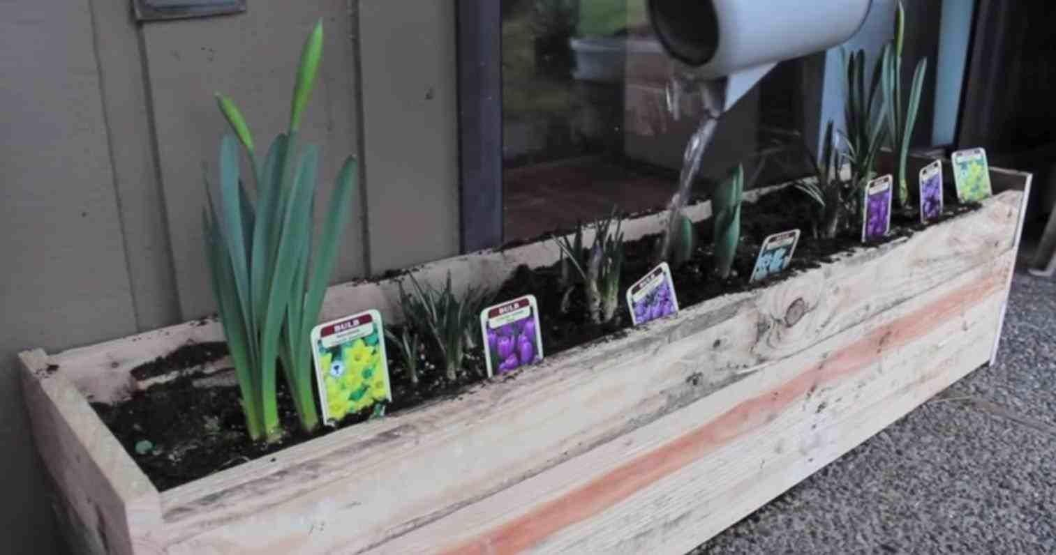 Nailed Pallet Flower Box