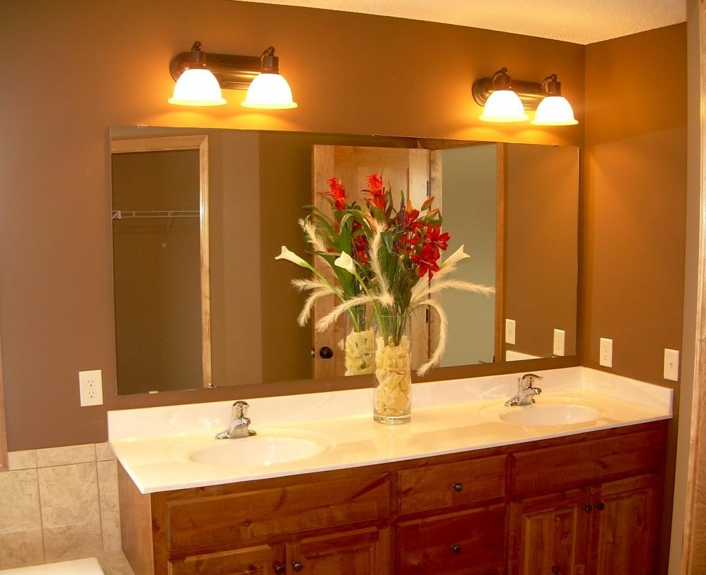 Natural Look Popular Trend Bathroom Makeovers