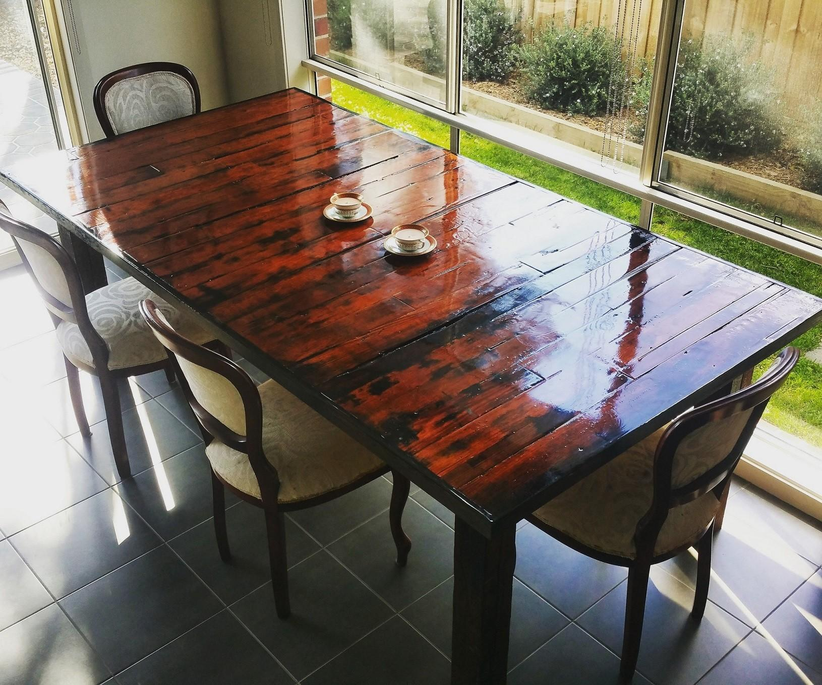 Natural Stylish Pallet Dining Table Ideas