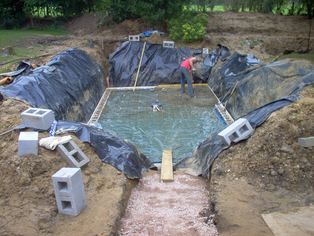 Professionally Swimming Pools Natural Designs That Are Simple Yet