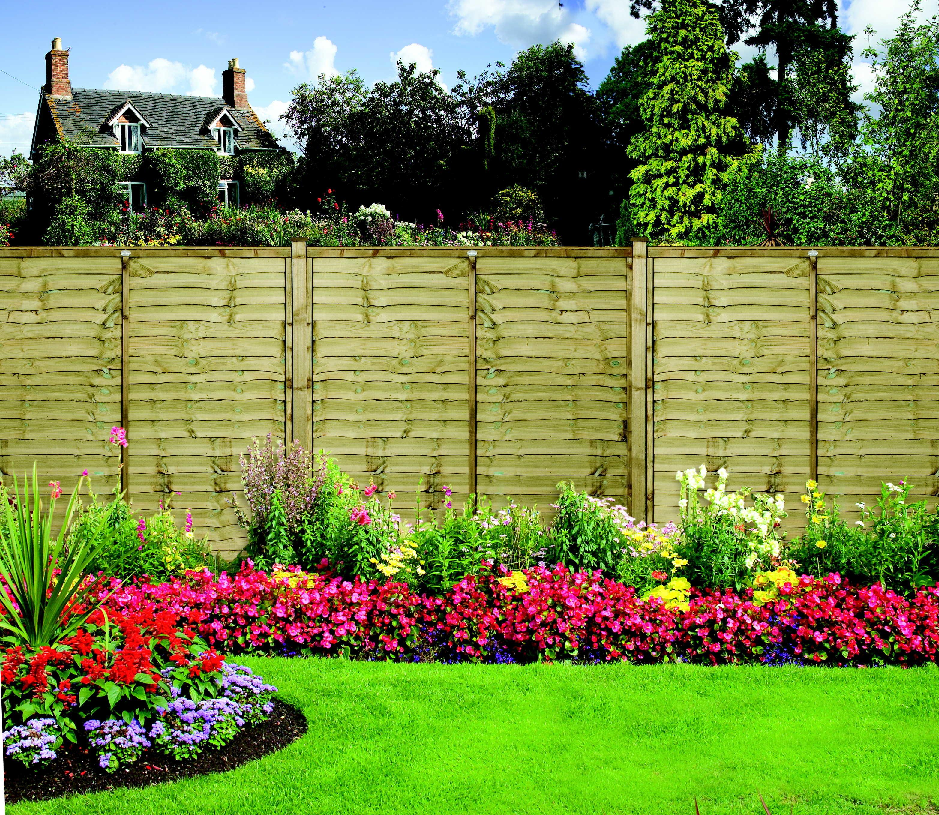 New Fence Post Delivers First Class Garden Results